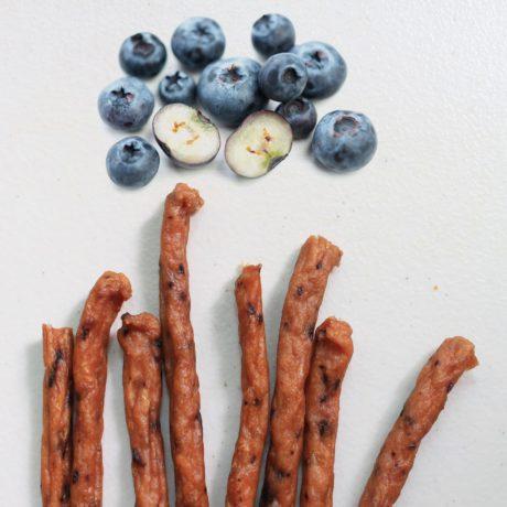 S5C1. 藍莓雞肉條85g