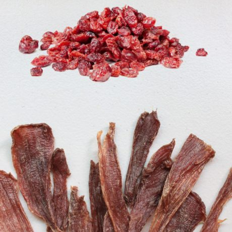 S10P1. 蔓越莓豬肉片75g
