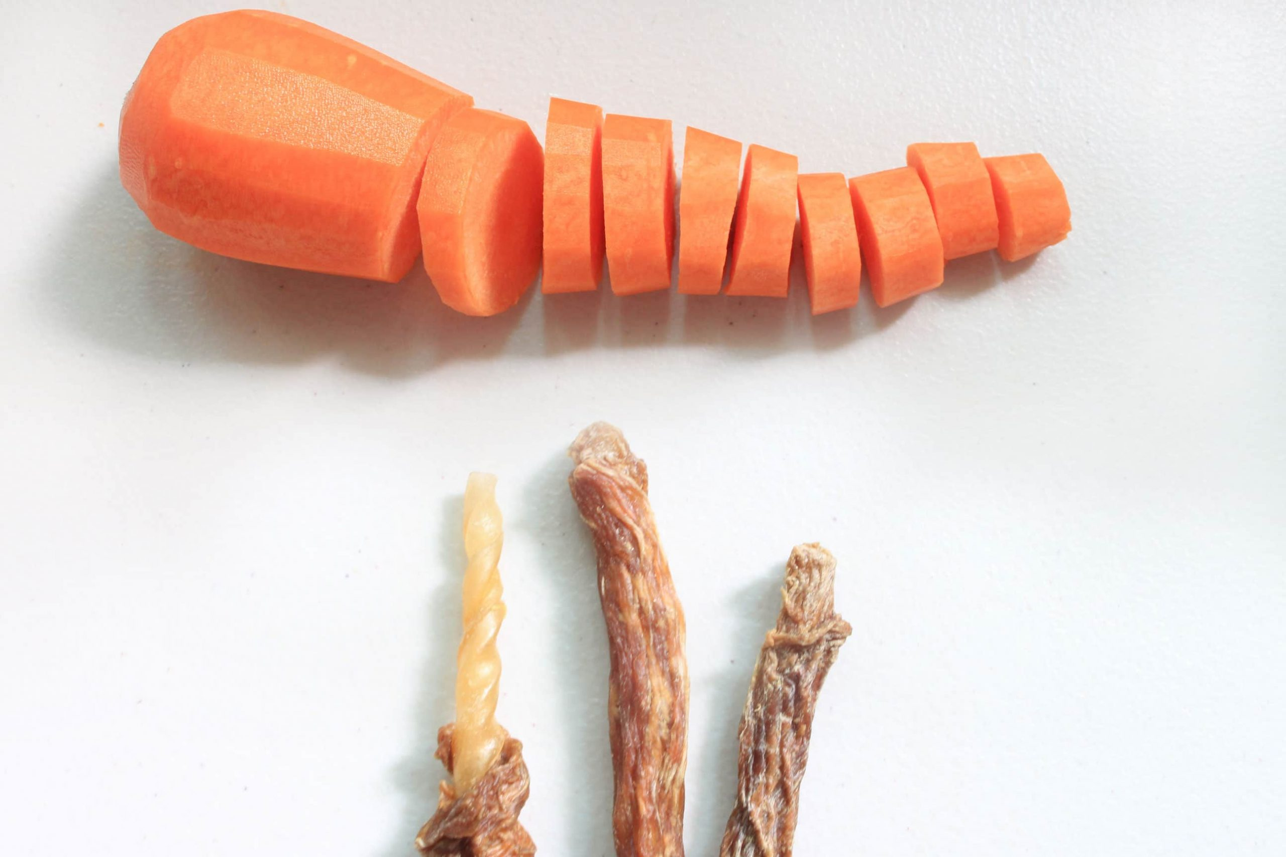 S3P2. 紅蘿蔔豬肉皮骨捲10支