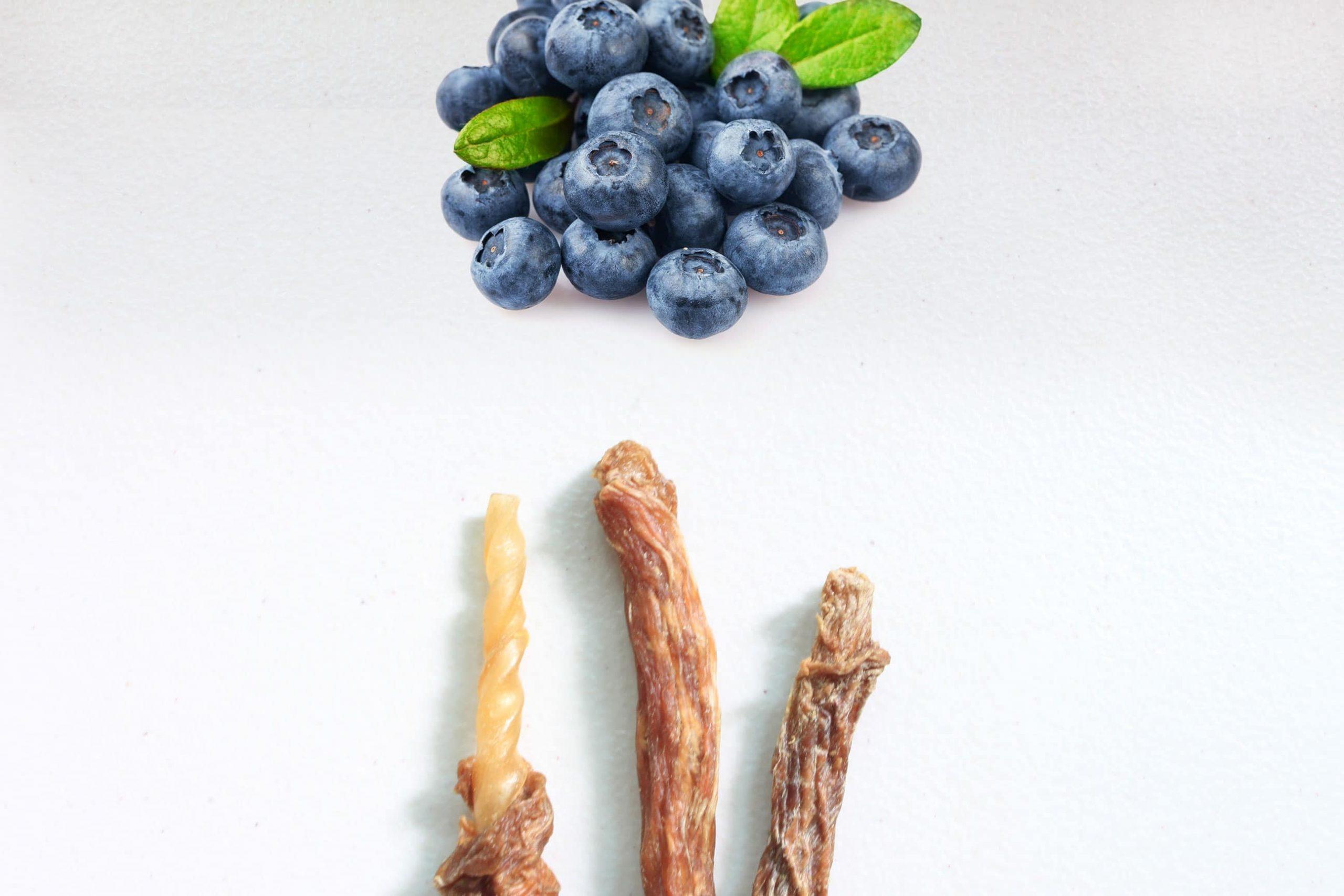 S5P2. 藍莓豬肉皮骨捲10支